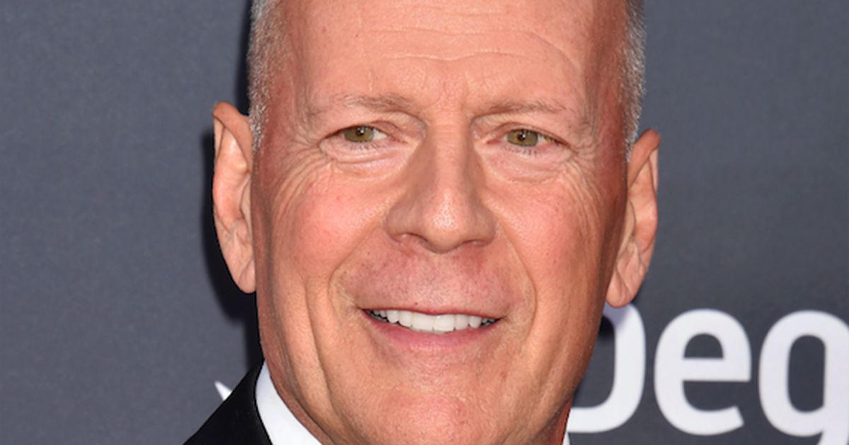 bruce willis thinks die hard is not a christmas film entertainment - Bruce Willis Christmas Movie