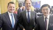 Elbers, Rutte en ceo Tan in april in Peking.