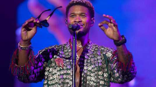 Usher and The Roots op North Sea Jazz Festival in Rotterdam Ahoy.