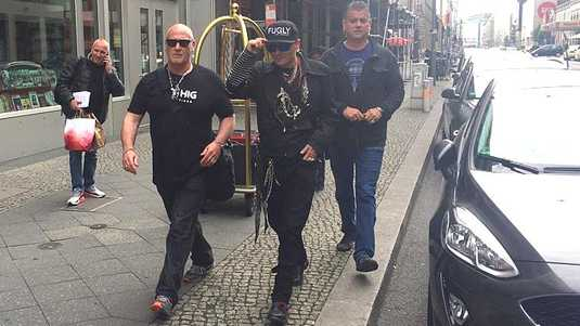 Een ultradunne Johnny Depp in Hamburg