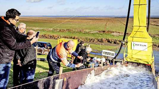 The ingenious mobile test device mimics the extreme weather conditions on the Wadden Sea in the Groningen Carel Coenraad Polder.