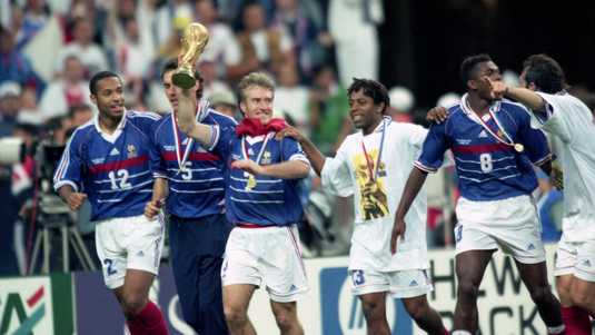 Henry en Deschamps in 1998 na de gewonnen WK-finale